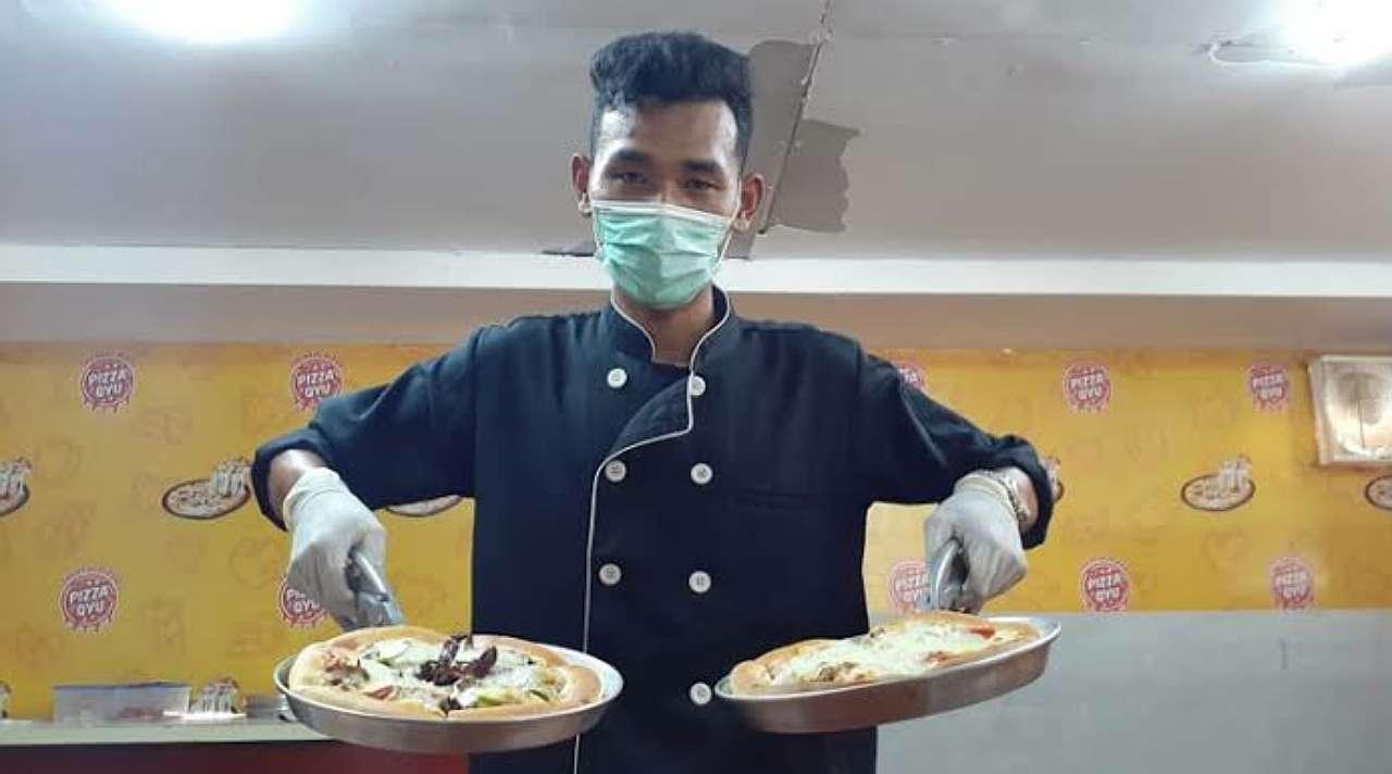 Pizza Belalang Gunungkidul
