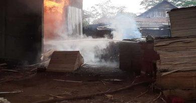 Kebakaran Pabrik Kayu CV Mulya Abadi Batang