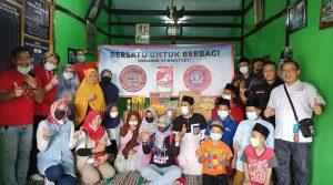 Tiga Lembaga AWPI Semarang, PSi dan Sapu Jagad Semarang berikan santunan kepada anak yatim