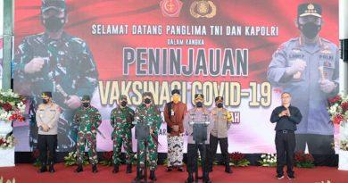 Kunjungan Kapolri dan Panglima TNI Ke Puskesmas Pandnaran Semarang-JJID