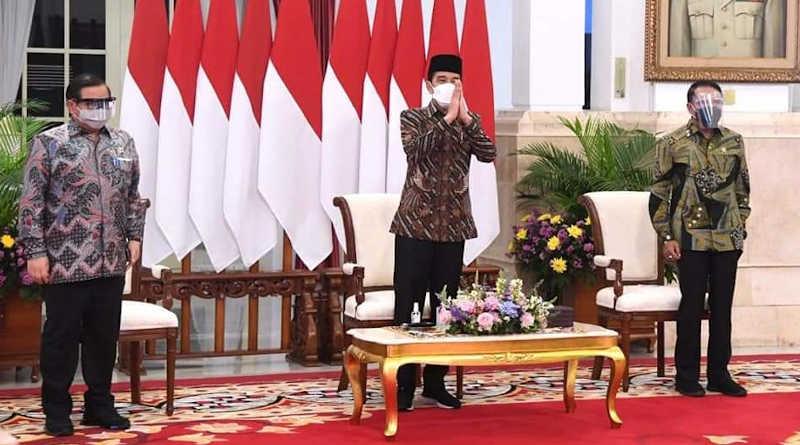 Presiden Joko Widodo membuka Kongres XXXI HMI Tahun 2021 dari Istana Negara
