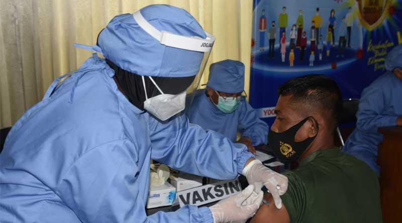 Vaksinasi-Tahap-II-Korem-072-PMK